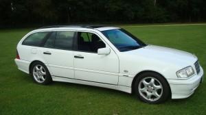 Mercedes C200 Estate & Reliant Scimitar GTE 24.09.14 008