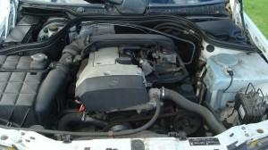Mercedes C200 Estate & Reliant Scimitar GTE 24.09.14 015