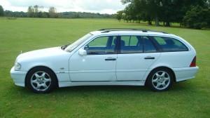 Mercedes C200 Estate & Reliant Scimitar GTE 24.09.14 020