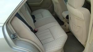 Mercedes Benz 300E 22.04.15 010