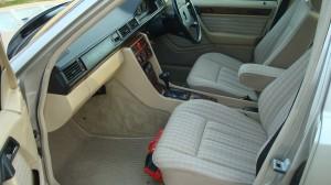 Mercedes Benz 300E 22.04.15 012