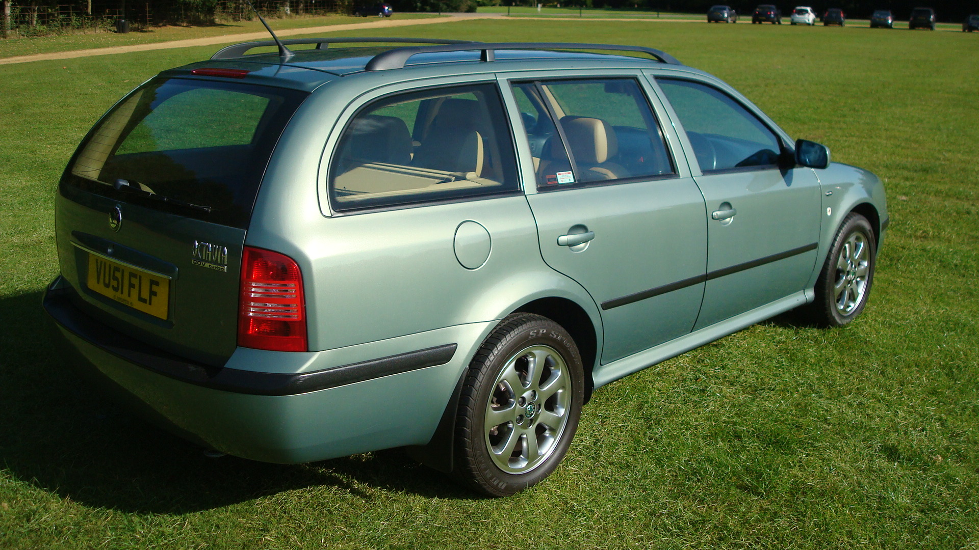 skoda octavia 1 8t laurin klement estate 33 000 miles only country classics country classics. Black Bedroom Furniture Sets. Home Design Ideas
