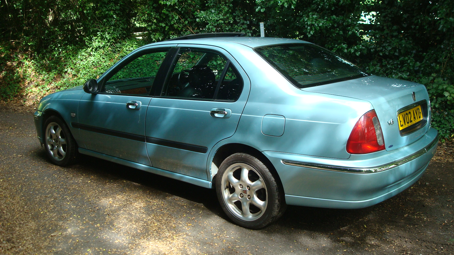 Rover 45 2.0 V6 Connoisseur Saloon - Country Classics ...