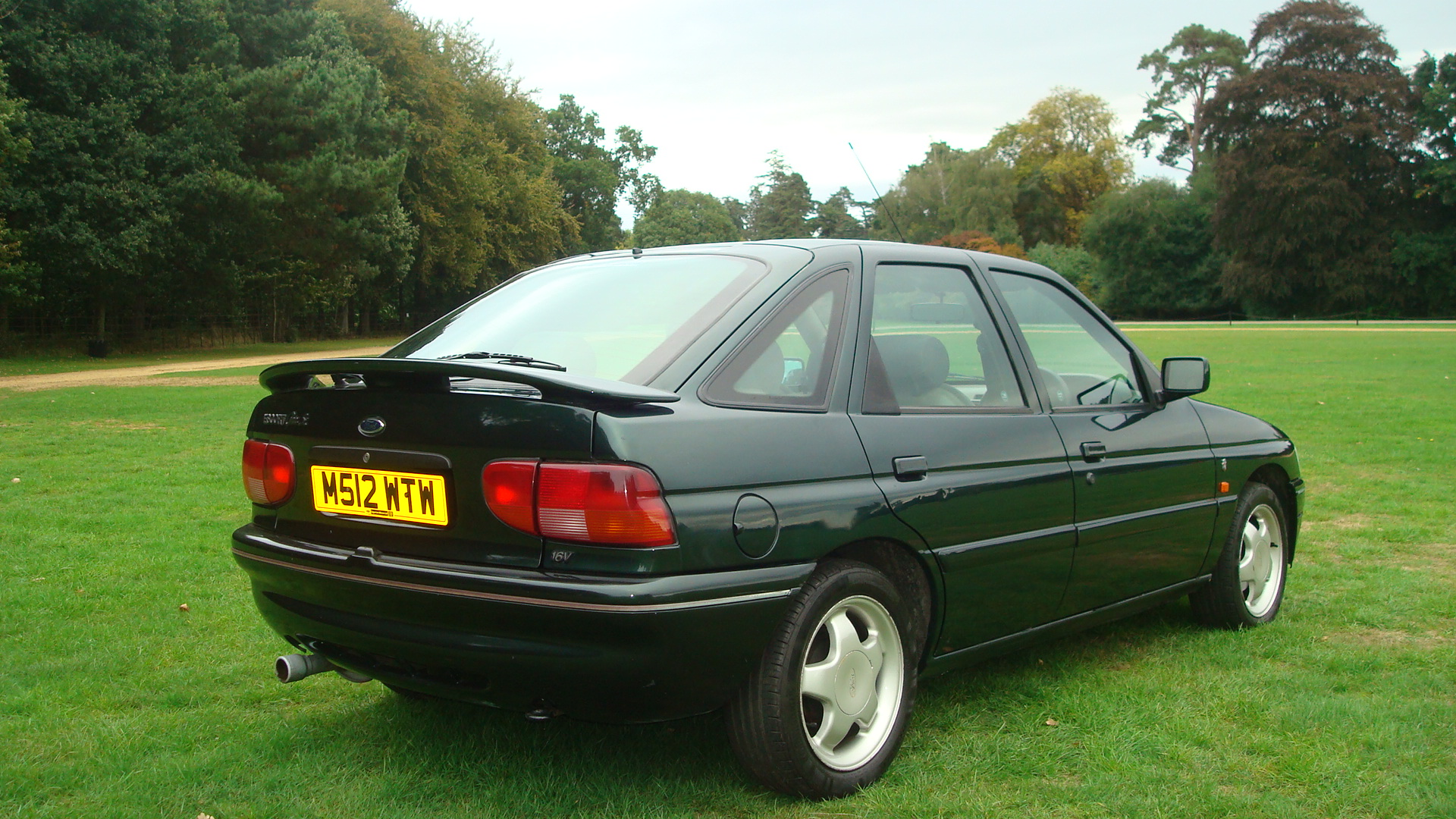 Ford Escort 1 8 16v Ghia Si Country Classics Country